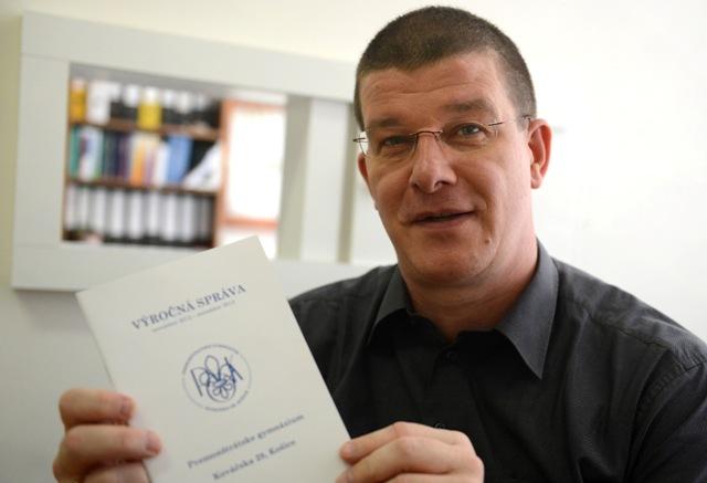 Na snímke jasovský opát a riaditeľ Premonštrátskeho gymnázia v Košiciach na Kováčskej ulici Ambróz Martin Štrbák