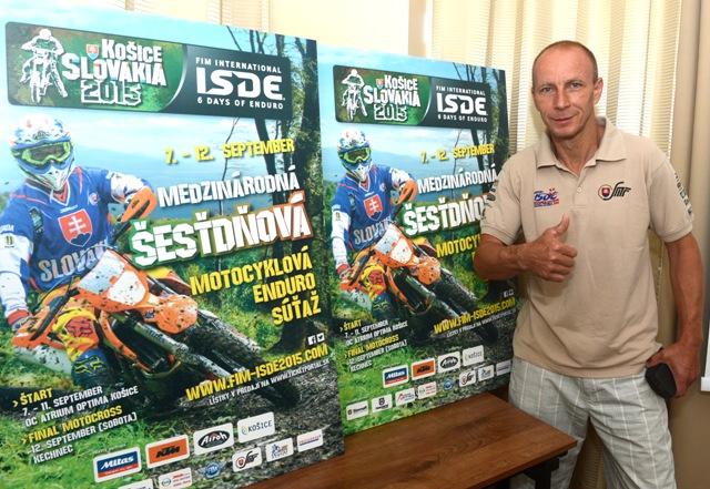 Na snímke slovenská motocyklová legenda, jediný slovenský majster sveta v motocyklovom športe Jaroslav Katriňák