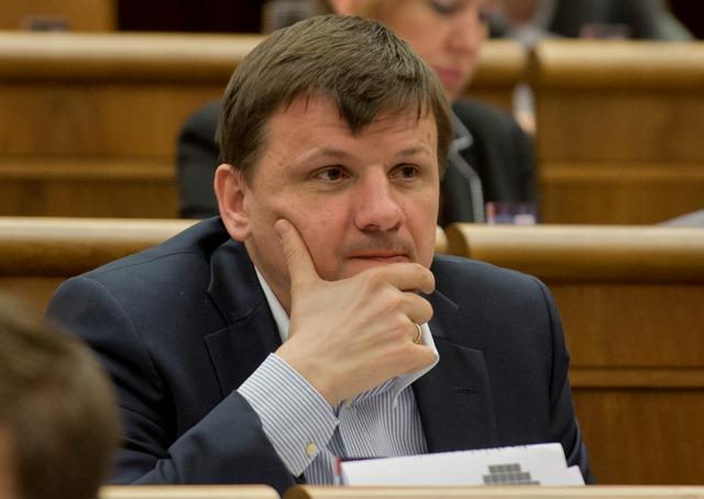 Na snímke poslanec parlamentu SR Alojz Hlina (KDH)