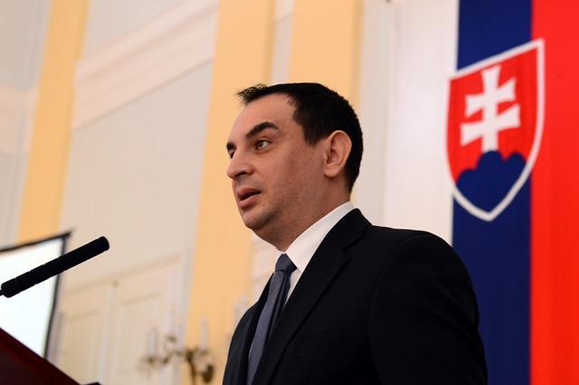 Na snímke splnomocnenec vlády SR pre rómske komunity Peter Pollák