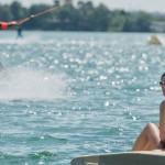 Teplé letné počasie cez víkend vylákalo ľudí na slniečko a k vode