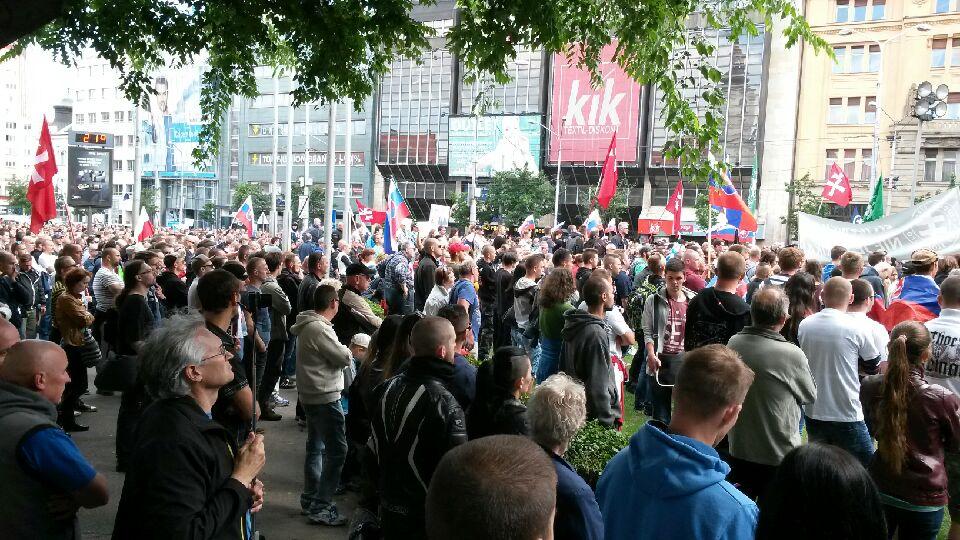Odporcovia islamizácie na demonštrácii v Bratislave