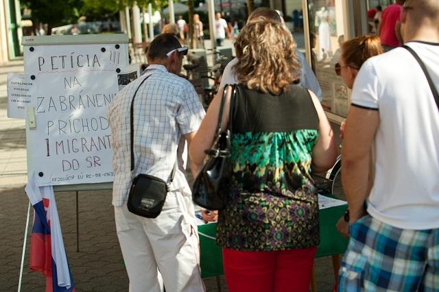 Zber podpisov v Piešťanoch