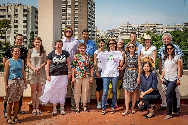 Na snímke medzinárodný tím projektu