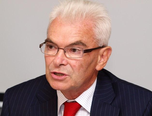 Na snímke predseda Akreditačnej komisie (AK) Ľubor Fišera