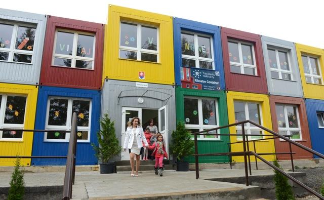 Na snímke nová modulová základná škola pre 200 detí v Kecerovciach v okrese Košice – okolie. Ilustračné foto