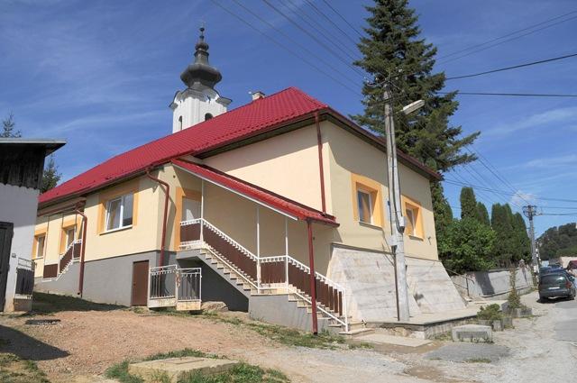 Na snímke novootvorené komunitné centrum pre Rómov v obci Bystrany