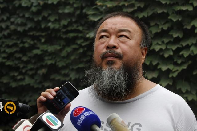 Na snímke čínsky umelec a disident Aj Wej-wej