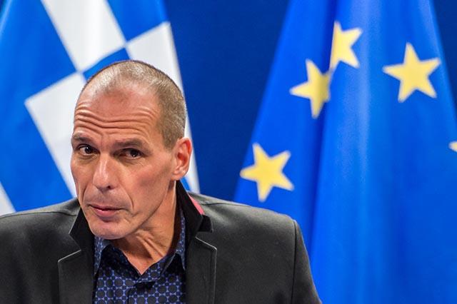 Na snímke grécky minister financií Yanis Varoufakis