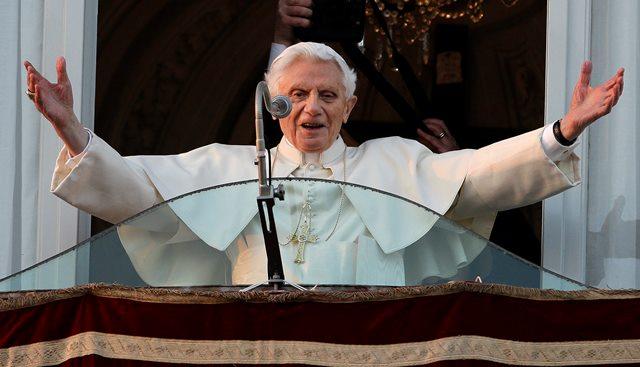 Na snímke emeritný pápež Benedikt XVI.