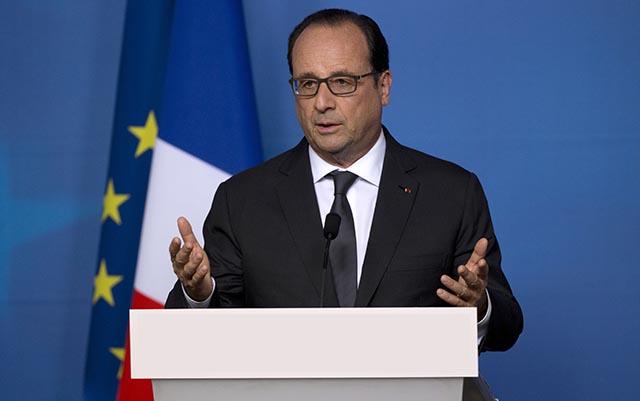 Na archívnej snímke francúzsky prezident Francois Hollande.
