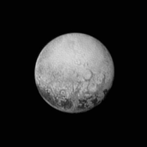 Na snímke z 11. júla 2015 planéta Pluto zo sondy New Horizons