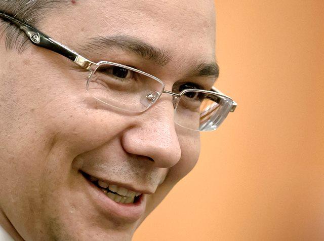 Na snímke rumunský dezignovaný premiér Victor Ponta
