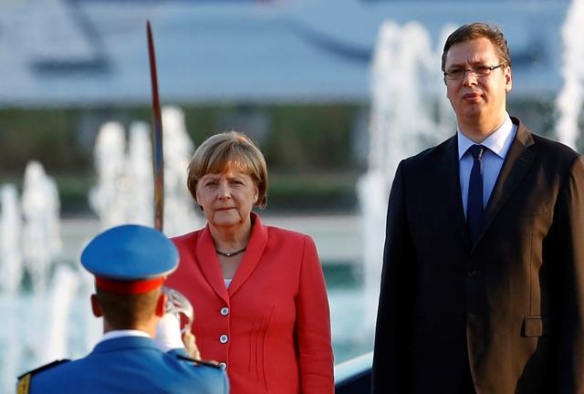 Na snímke nemecká kancelárka Angela Merkelová a srbský premiér Aleksandar Vučič