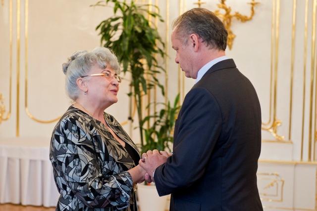 Na snímke prezident SR Andrej Kiska (vpravo) a predsedníčka Najvyššieho súdu SR Daniela Švecová