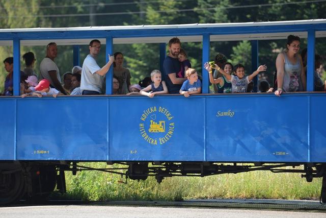 Na snímke Vlak radosti pre deti z detských domovov v Košiciach