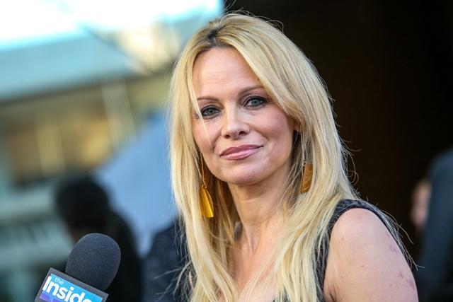 Na snímke Pamela Anderson