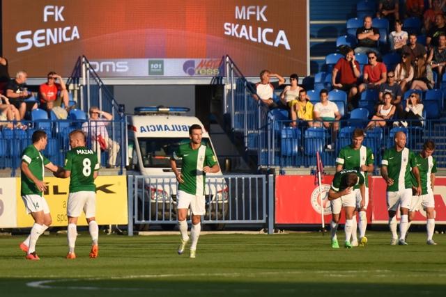 Na snímke futbalisti Skalice