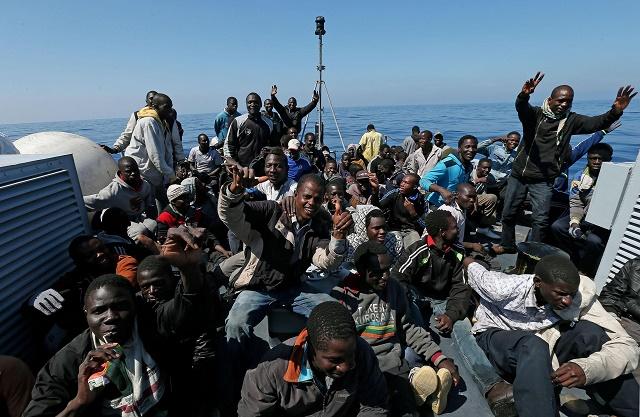 Utečenci prichádzajúci do Európy - prijať či neprijať ?