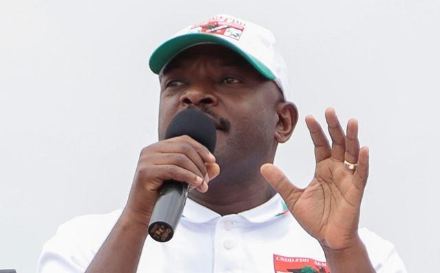 Na snímke prezident afrického štátu Burundi  Pierre Nkurunziz