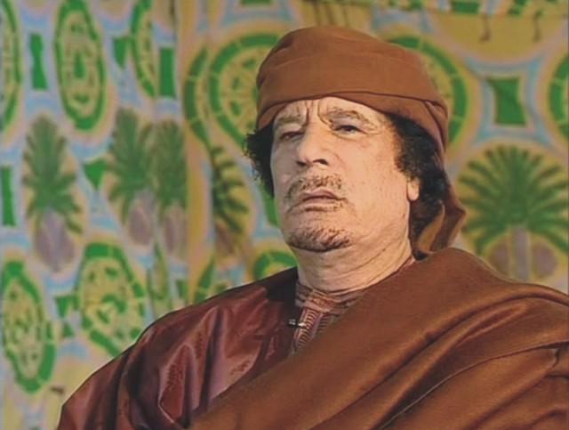 Na archívnej snímke Muammar Kaddáfí