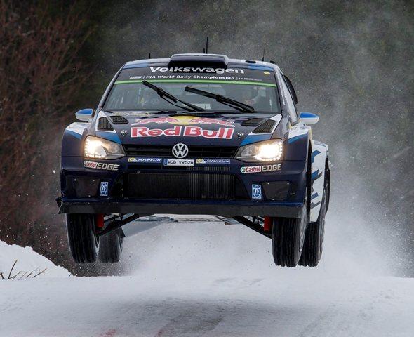 Na snímke francúzska posádka Sebastien Ogier, Julien Ingrassia tímu Volkswagen na aute VW Polo WRC
