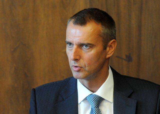 Na snímke predseda parlamentného výboru pre zdravotníctvo Richard Raši (Smer-SD)
