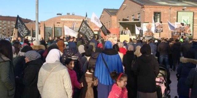 """V Kodani to vrelo. Islamistickí radikáli dva dni """"okupovali"""" dánsku metropolu"""