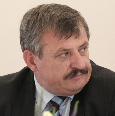 Na snímke podpredseda mimoparlamentnej SNS Anton Hrnko