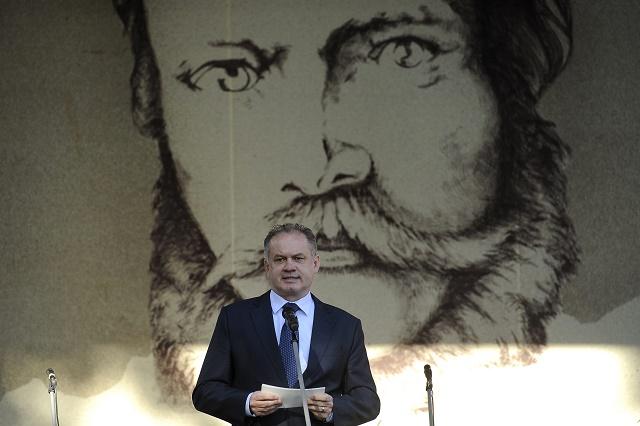 Prezident SR Andrej Kiska počas prejavu na  Celonárodnej spomienke na Ľudovíta ŠŠtúra pri príležžitosti 200. výročia jeho narodenia 24. októbra 2015 v Uhrovci.