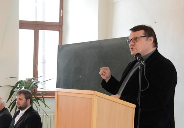 V Košiciach sa konala inaugurácia nového dekana. Cyril Hišem vpravo