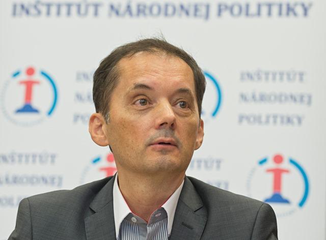 Na snímke predseda INP Rafael Rafaj
