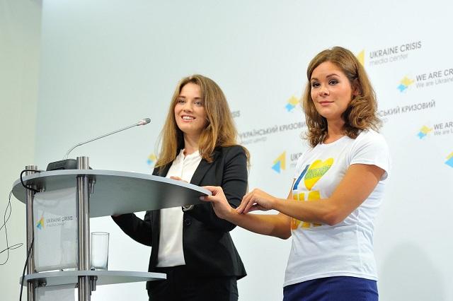 Na snímke jedna z kandidátok v ukrajinských voľbách