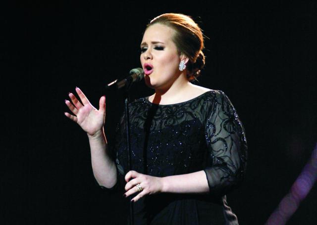 Na archívnej snímke britská speváčka Adele