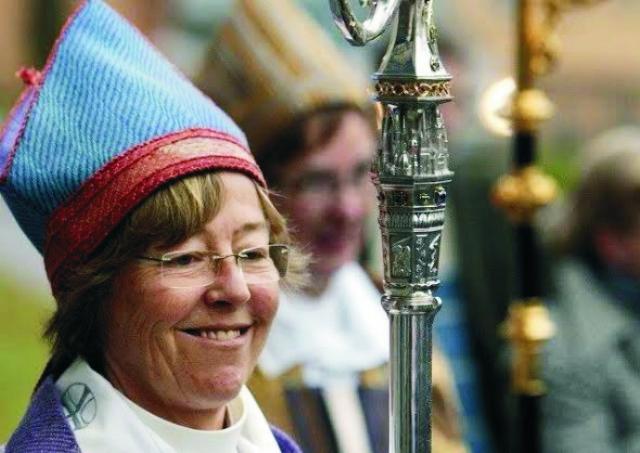 Na archívnej snímke švédska biskupka Luteránskej cirkvi – lesbička Eva Brunneová