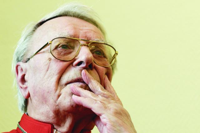 V Nitre zomrel 24. októbra 2015 vo veku 91 rokov Ján Chryzostom Korec. Emeritný nitriansky biskup a kardinál skonal o 13.30 h. Korec bol prvým predstaviteľom slovenskej cirkevnej provincie, ktorému sa dostalo vďaka osobným kvalitám takej cti, že sa stal členom kardinálskeho kolégia. Za kardinála ho pápež Ján Pavol II. ustanovil v konzistóriu 28. júna 1991