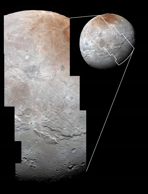 Priblíženie snímky povrchu Charona