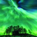 Snímka zachytáva polarnu ziaru na oblohe autor: Johnny Henriksen