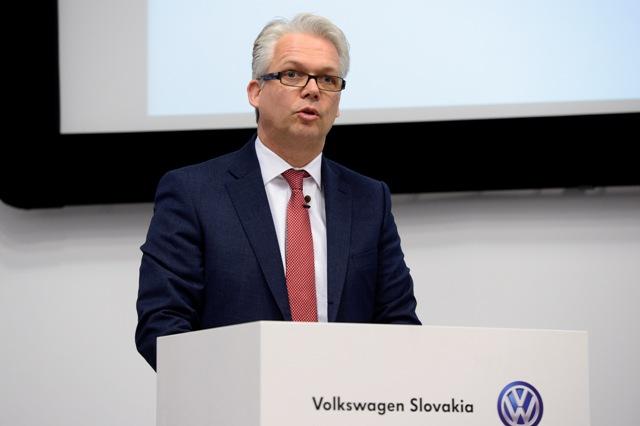 Na snímke člen predstavenstva VW SK pre personálnu oblasť Eric Reuting