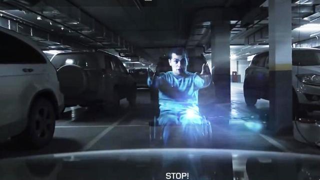 Neobyčajní ochrancovia strážia parkovacie miesta pre invalidov v moskovskom obchodnom dome Avia Park