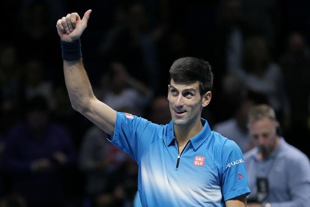 Na snímke srbský tenista Novak Djokovič sa teší po triumfe na Turnaji majstrov v Londýne