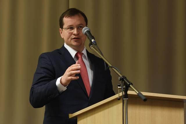 Na snímke minister školstva SR Juraj Draxler počas 7. zjazdu Odborového zväzu pracovníkov školstva a vedy (OZ PŠaV) na Slovensku na Štrbskom Plese vo Vysokých Tatrách