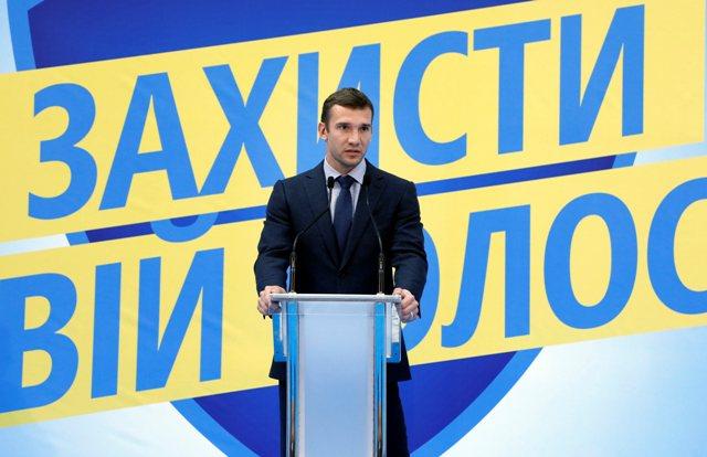 Na snímke Andrij Ševčenko