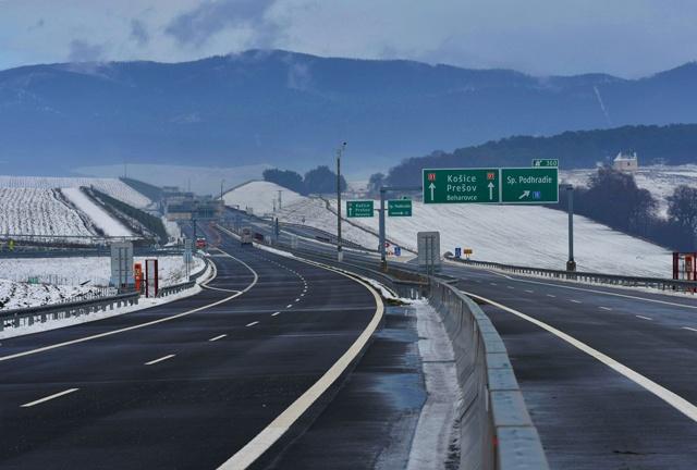 Na snímke pohľad na novootvorený diaľničný úsek D1 Jánovce - Jablonov, II. pri Levoči