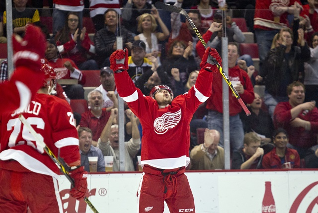 Na snímke slovenský hokejista Tomáš Tatar, hrajúci v drese Detroitu Red Wings