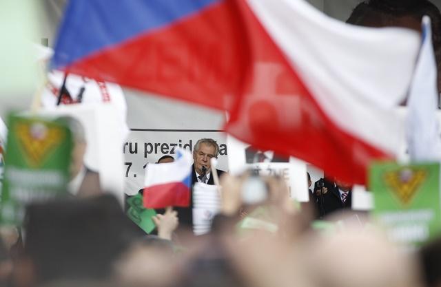 K prítomným zhromaždeným sa prihovoril český prezident Miloš Zeman