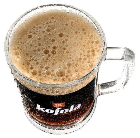 Na snímke pohor s nápojom spoločnosti Kofola