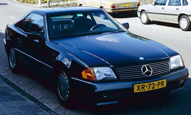Mercedes_Benz_R129_NL