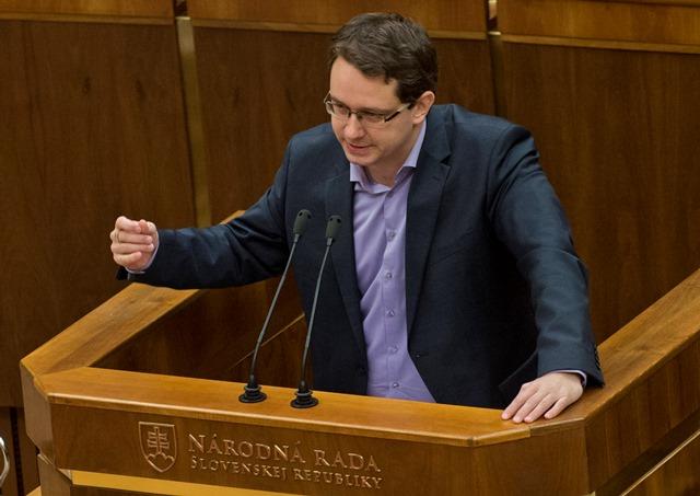 Na snímke poslanec NR SR Anton Martvoň (Smer-SD)