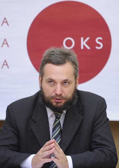 Na snímke predseda OKS Ondrej Dostál